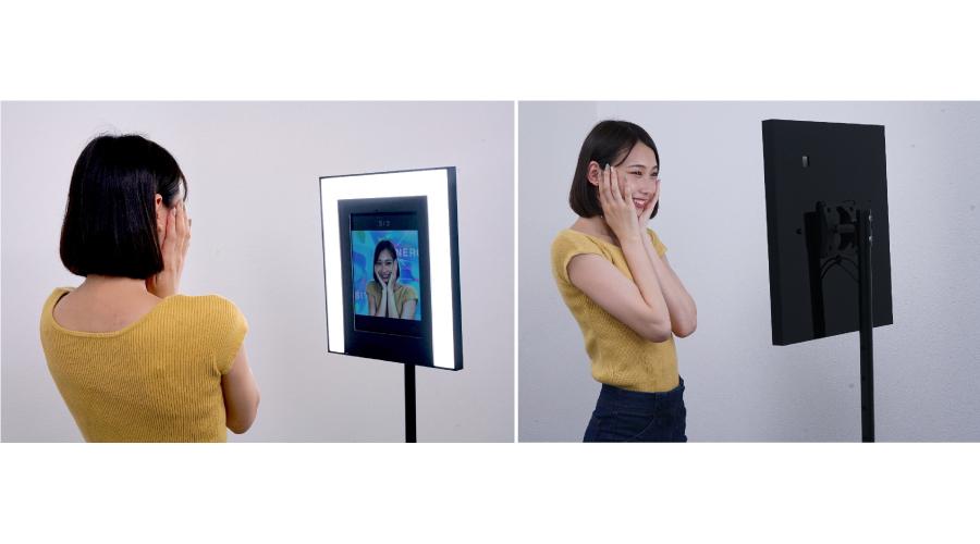 """年間の導入件数が150件強のカメラサービス「#MirrorSnap」の新機能として""""背景合成機能""""をリリース"""
